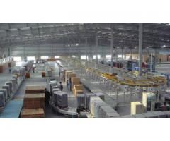 Muncitori in fabrica de electronice Anglia