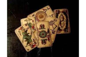 Oferim servicii profesionale de tarot, astrologie, chiromanţie şi numerologie